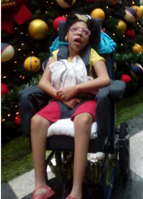 Assistido: Aline Aparecida Pereira - Diagnóstico: Paralisia Cerebral